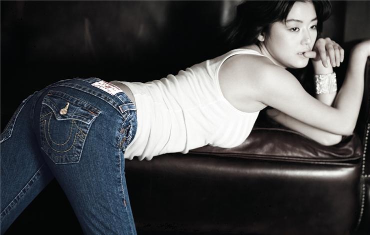 ★お尻の形がわかるパンツルックの女性 12★ [無断転載禁止]©bbspink.comYouTube動画>7本 ->画像>785枚