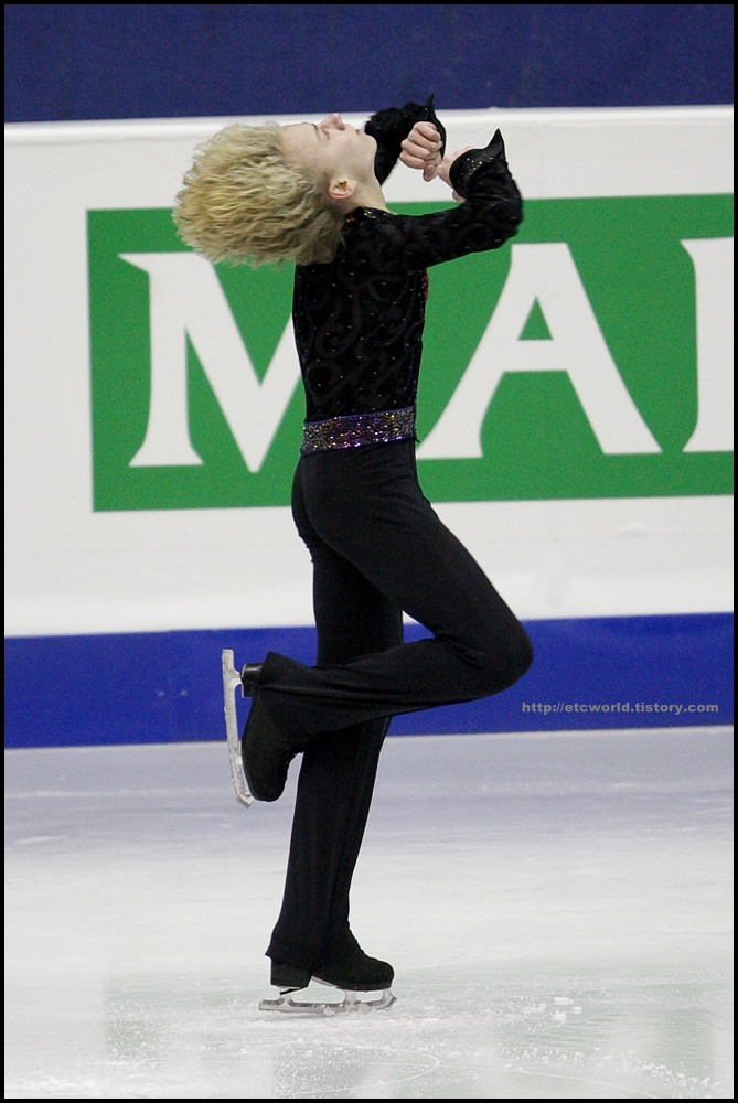 SBS ISU Grand Prix of Figure Skating Final Goyang Korea 2008/2009 2008/2009 SBS ISU 고양 피겨스케이팅 그랑프리 파이널 대회 Junior Men - Short Program Artur GACHINSKI